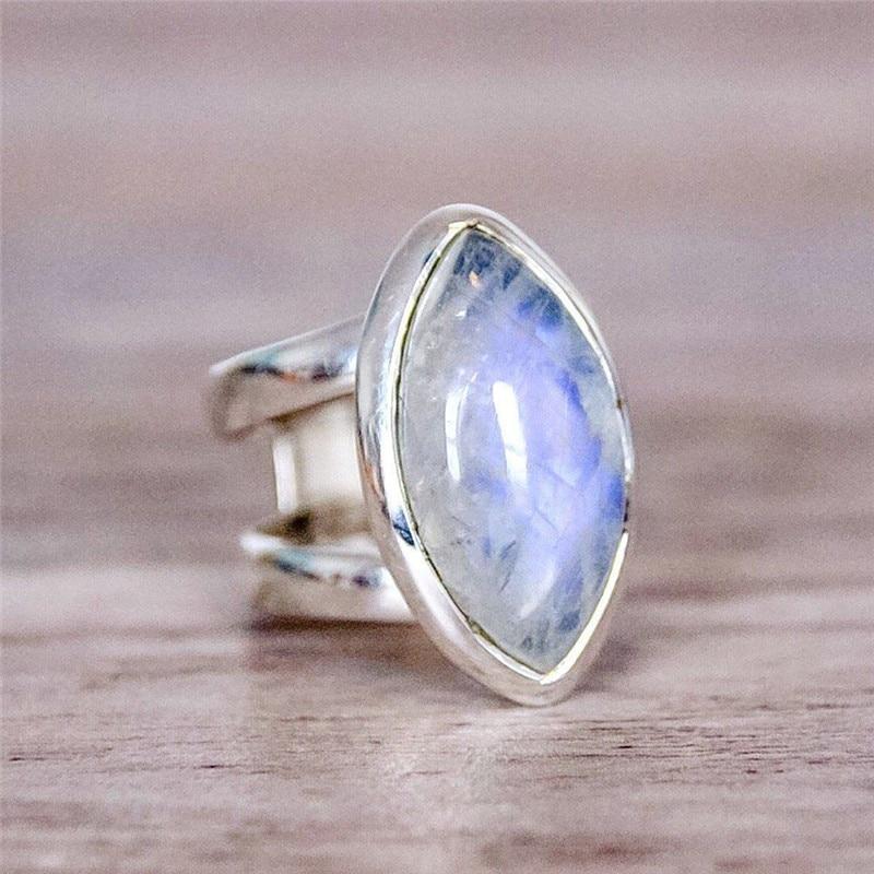 BOAKO Vintage Tibetan Silver Big Stone Crystal Rings For Women Boho Indian Moonstone Ring Womens Fine Jewelry Gift bijouterie Z3