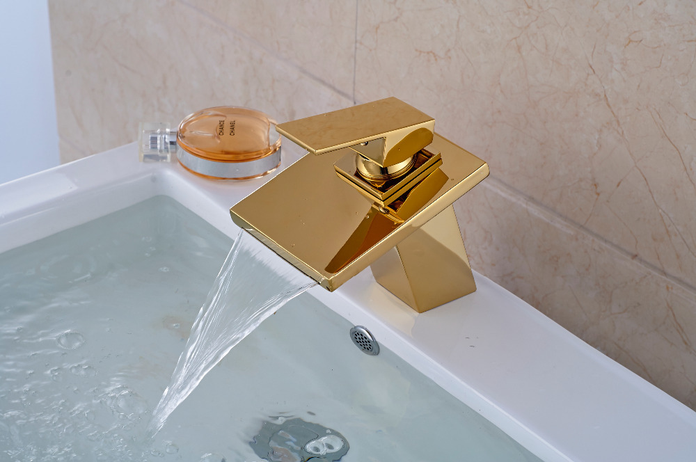 ФОТО Golden Brass Square Waterfall Spout Bathroom Basin Faucet Vanity Sink Mixer Tap
