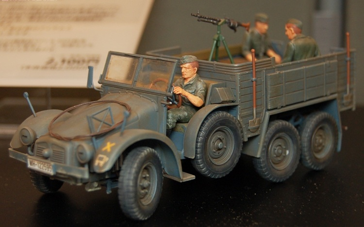 ФОТО Tamiya Military Vintage Cars Model 1:35 Krupp Kfz.70 6X4 Pick-up Truck 35317