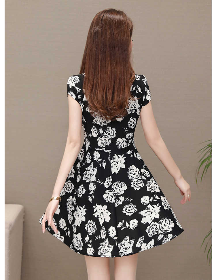 L-4XL בתוספת גודל 2019 קיץ נשים שמלת משי קצר שרוול קיצי O צווארון מקרית פרחוני הדפסת שמלות Vestidos דה Festa