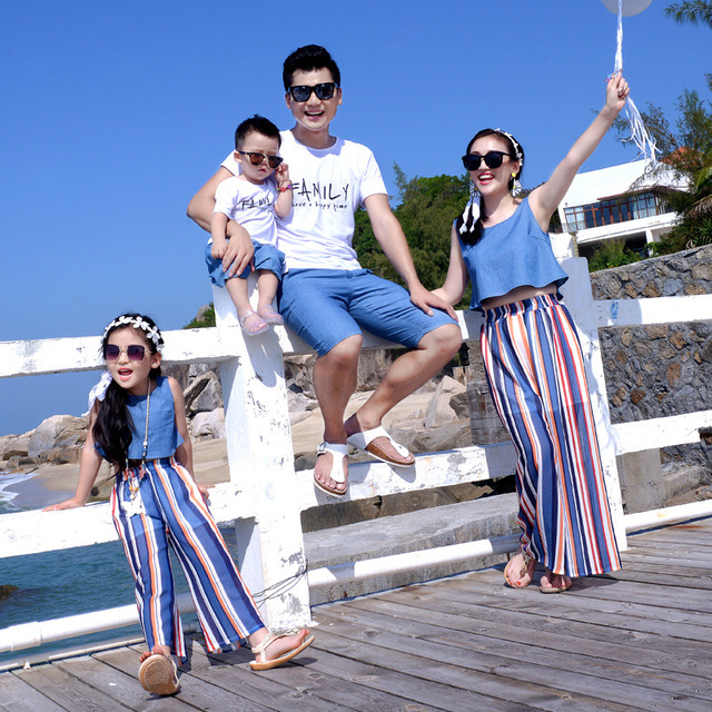 a645d6ca76 2018 New Family Matching Outfit Mother And Daughter Cotton Suits Father Son  T-shirt Clothing Sets Family Style Sets