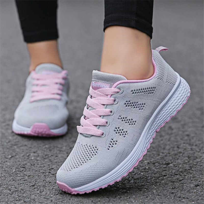 Entrega rápida Mulheres sapatos casuais moda respirável sapatos de Caminhada malha rendas sapatos up planas sneakers mulheres 2018 tenis feminino