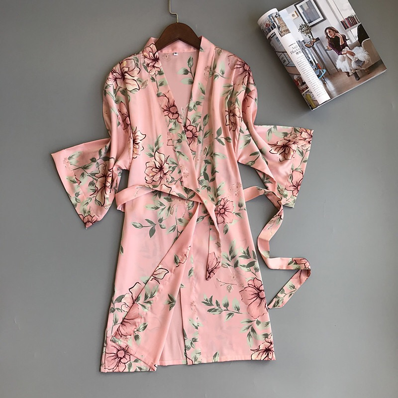 Fresh Floral Satins Silk Sexy Bathrobes Women Kimono Robes Dressing Gown Fashion Delicate Pink Floral Women Home Robes