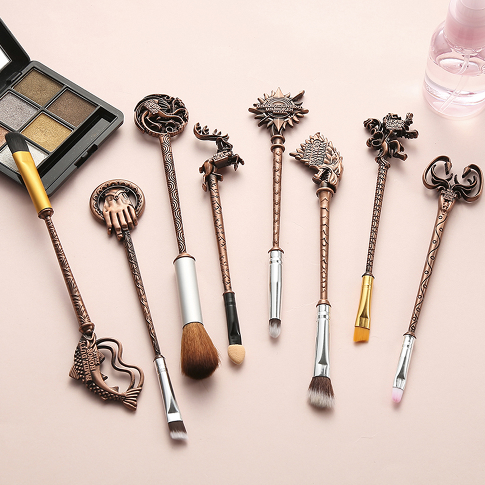 Drop to US Vintage Game of Thrones Makeup/Cosmetic Brush Set Eye Shadow Foundation Eyebrow Lip Brush Makeup Brushes Tool PincelDrop to US Vintage Game of Thrones Makeup/Cosmetic Brush Set Eye Shadow Foundation Eyebrow Lip Brush Makeup Brushes Tool Pincel