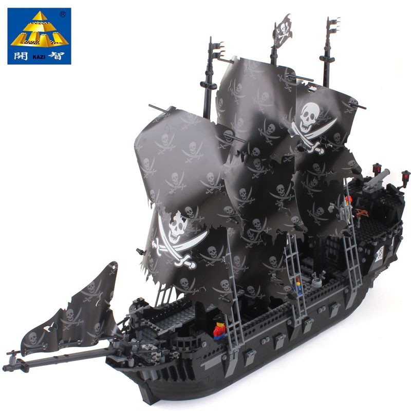 KAZI 87010 1184 Pcs Pirates of the Caribbean Black Pearl Ship Large Model Christmas Gift Building Blocks Toys for Children Legoe