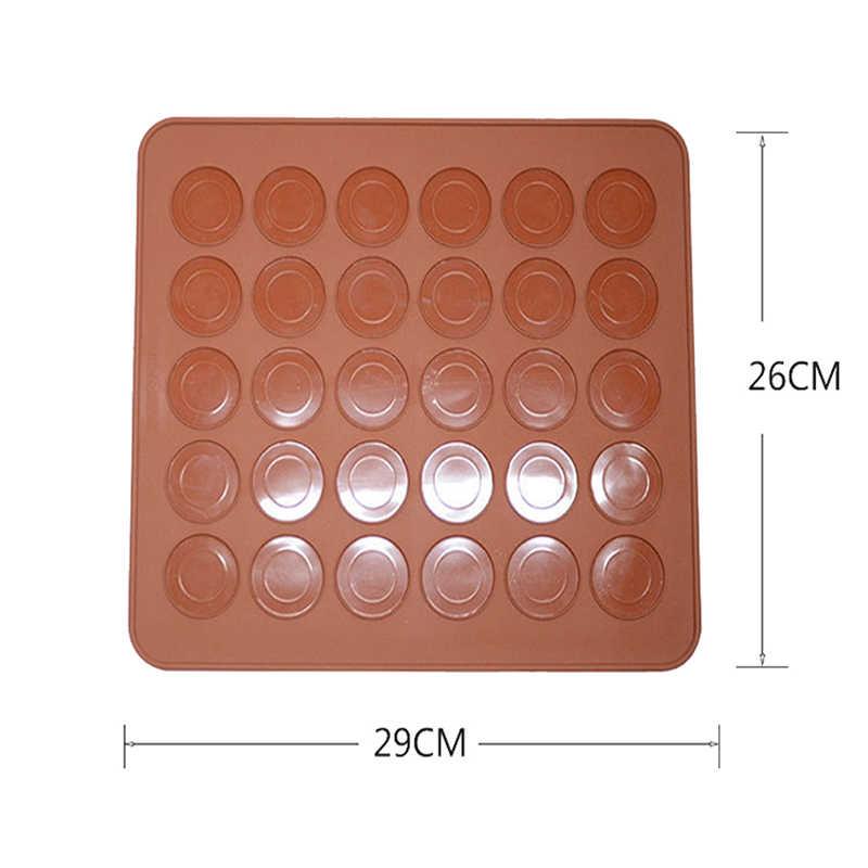 1 PC Casuale Clour 30 cavità Del Silicone Pasticceria Torta Macaron Amaretto Forno di Cottura Della Muffa Copriletto Zerbino Strumento