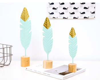 1PC New Nordic Modern Ornaments Metal Wooden Craft Feather Modeling Pen Sculpture Living Room Miniature Home Decoration JL 256 1