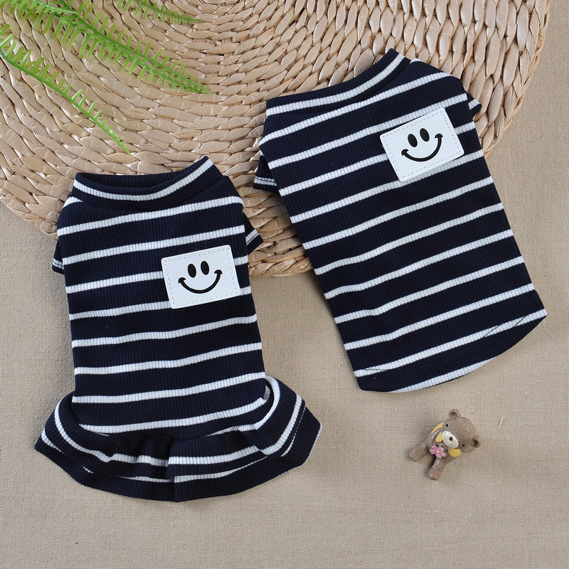 2018 Fashion Newest Male And Female Dogs Couple Stripe Pet Clothes T Shirts Smile Dog Dresses Summer Pet Clothes Puppy For Samll