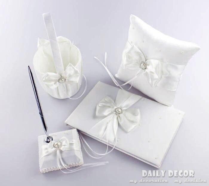 Un ensemble d'accessoires de fête de mariage (oreiller anneau + panier de fleurs + stylo Signature + livre d'or) accessoires de boda livraison gratuite