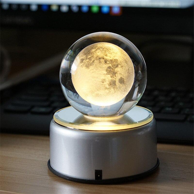 Светодиодная светодио дный 3D Лунная лампа вращающийся хрустальный шар Ночной свет RGB USB перезаряжаемая музыкальная настольная лампа для ро...
