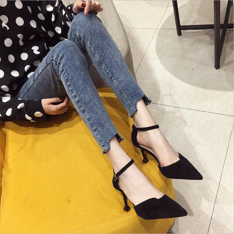 Spring and Summer 2019 New Women s` shoes Korean Version One Word Button Point High heeled Roman Shoes Fashion and Sandals 723