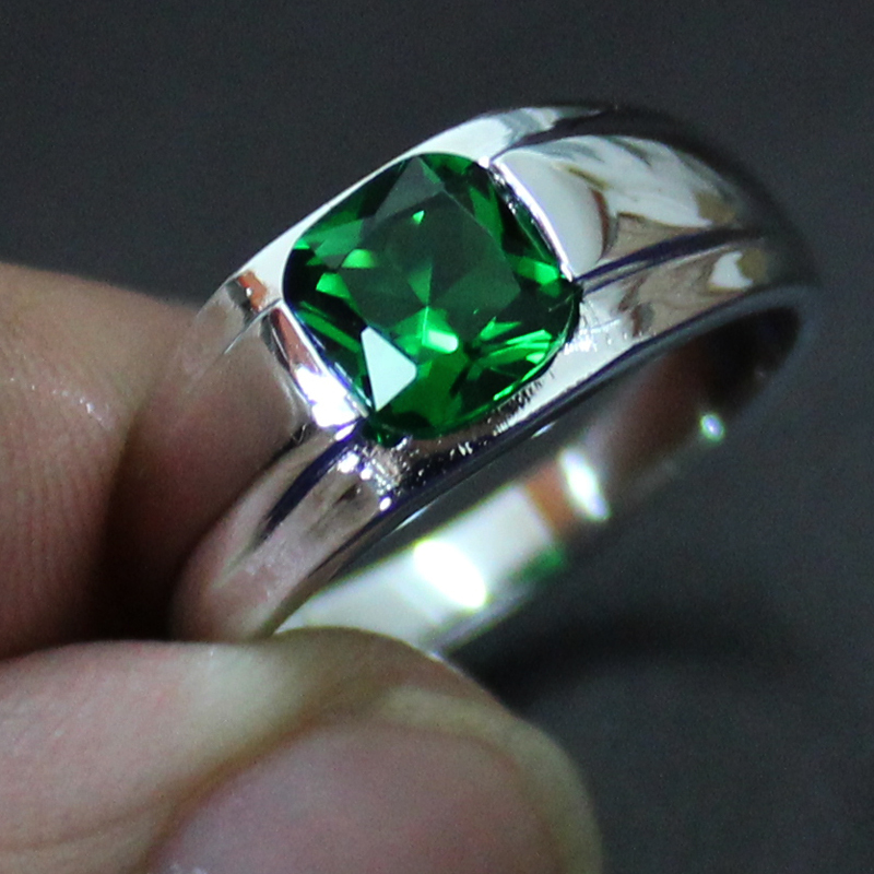 MMDGEM Mens 925 Sterling silver Square 5a Green Zirconia CZ Stone Solitaire Wedding Ring Classic