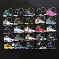 25 Pçs/lote Action Figure Toys Mini Jordan 4 Pingente Para Homens Silicone Mulher Sneaker AJ Chaveiro Pingente Presentes Para Adultos 4