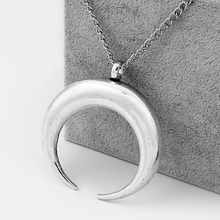 1PCS Antique Silver Large Horn Moon Crescent Charms Pendants Long Link Chain Lagenlook Necklace Choker недорого