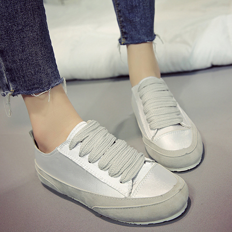 2018 Flat Shoes Women Breathable Women Sneakers Footwear Soft Soles High Quality Silver Gold Women Flats Casual Shoes Lace Up instantarts casual teen girls flats shoes appaloosa horse flower pattern women lace up sneakers fashion comfort mesh flat shoes