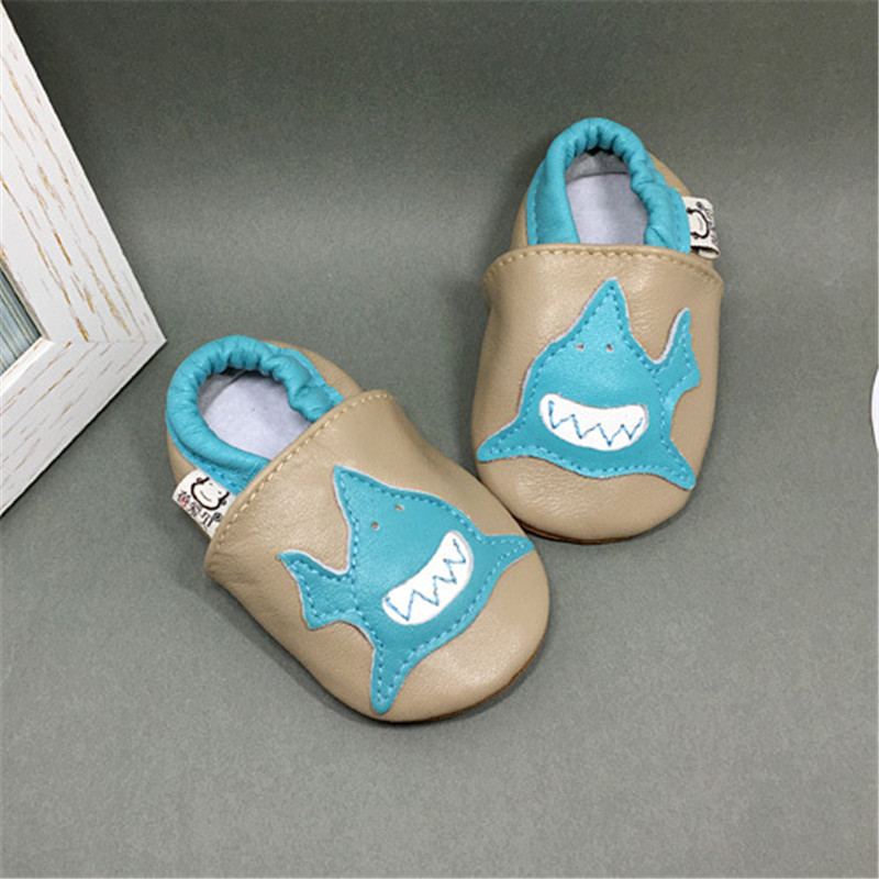 Super Soft Genuine Leather Baby Girl Shoes Gray And Blue Shark Baby Slippers Shoes First Walkers Soft Sole Slip-on Baby Loafers