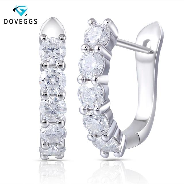 DovEggs katı 14k 585 beyaz altın Huggie küpe kadınlar için düğün hediyesi 1CTW 3mm Moissanite U şekli çember küpe