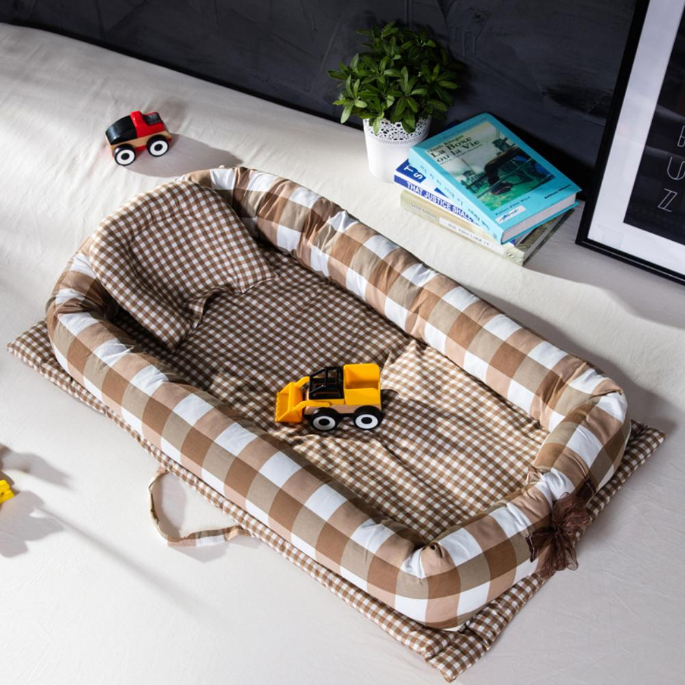 Portable Foldable Baby Infant Travel Soft Cotton Sleeping Crib Bed with PillowPortable Foldable Baby Infant Travel Soft Cotton Sleeping Crib Bed with Pillow