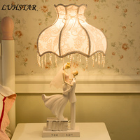 Romantic LOVE Led Table Lamp Bedroom Bedside Lamp Marry Gift Home Deco Art Deco Desk Lamp Living Room Fabric Art Nightstand Lamp