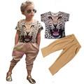 2017 meninas primavera tendência Européia e Americana de batida rua tiger head applique t-shirt + leopard calças dois conjuntos de roupas