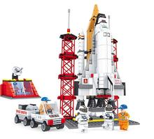 560 Pcs Model building kits compatible with lego Space Ship Shuttle Launching Base blocks Educational model building toys