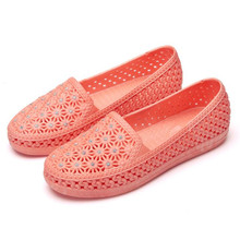 Summer new rhinestone hole breathable womens net shoes flat casual sandals women 36-41