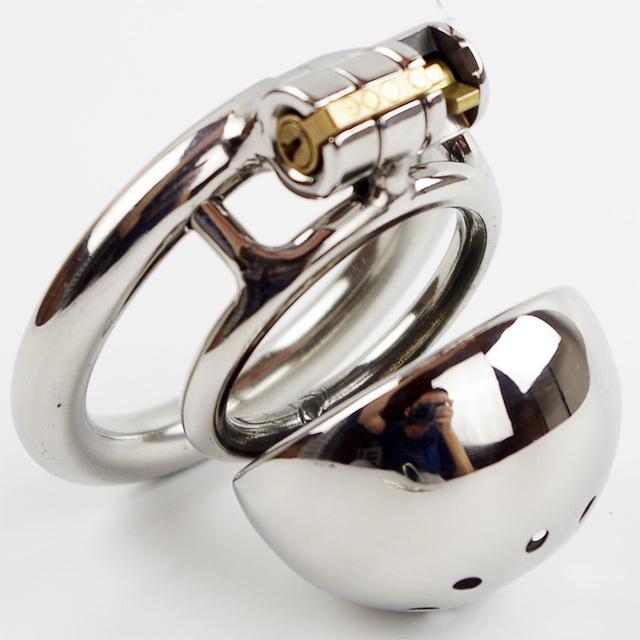 Novo dispositivo de castidade Masculino de metal em aço inoxidável bloqueio pênis anel cinto de castidade castidade pênis dos homens
