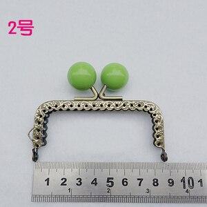 Image 2 - 8.5 cm renkli şeker topu öpücük toka mini düz tırtıllı çanta çerçeve sikke çanta yapımı metal toka donanım 10 adet/grup