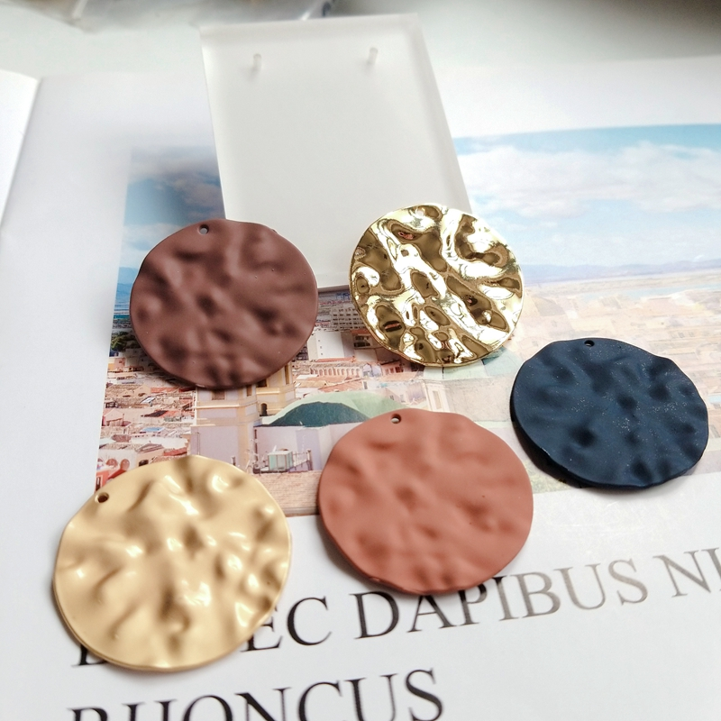 Round alloy spray paint wave pendant European and American DIY material earrings Accessories in Jewelry Findings Components from Jewelry Accessories