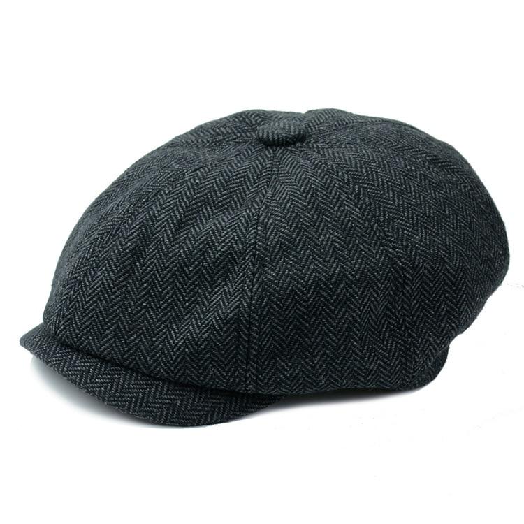 Clássico Tampa Plana para Homens Espinha De Peixe Padeiro chapéu menino  ajustado Cap Jornaleiro Frete grátisUSD 9.99 piece 9f57f092cce