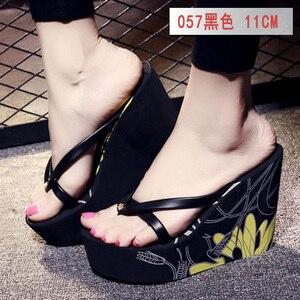 Image 2 - Estate belle signore super high tacco alto piattaforma flip flops11cm scarpe da spiaggia pantofole pantofole di nozze scarpe da donna di lusso