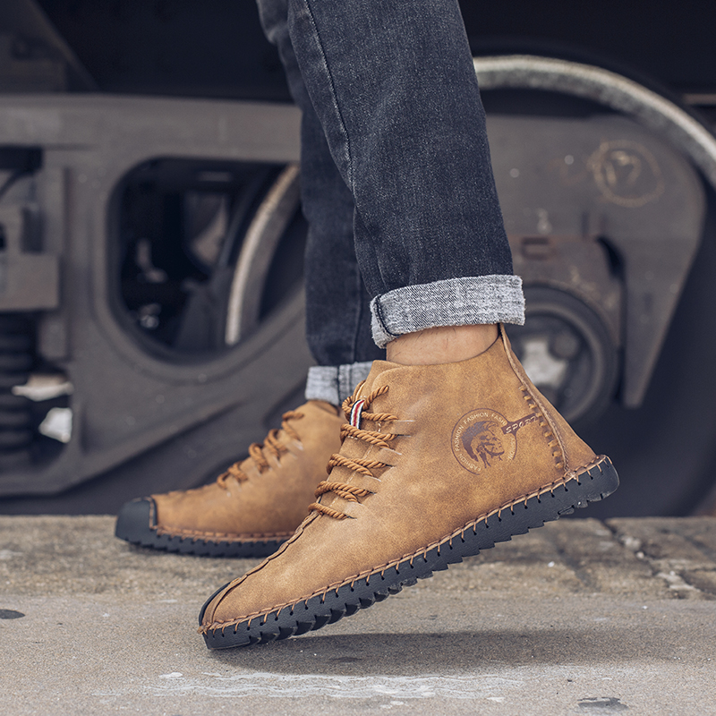 Hot Sale Quality Leather Casual Shoes Men Full Handmade Vintage Shoes Lace Up Natural Rubber Bottom