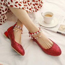 Chinese party style comfortable round head pumps fashion glitter beading chain belt buckle gold silver red low heels women shoes(China)