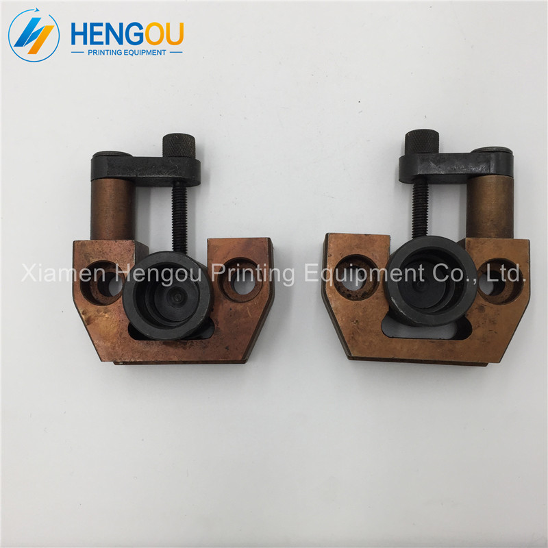 2 pairs =4 Pieces Heidelberg printing part 102V CD102 U-shaped iron CD102 parts good quality 3 pieces heidelberg 102 for leather shovel printing machine parts
