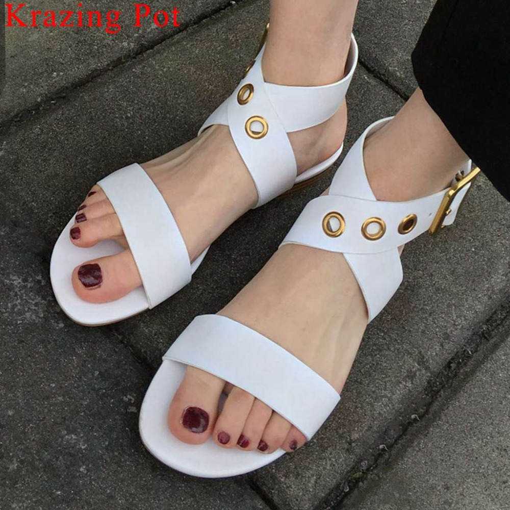 Women large size natural leather vintage buckle strap peep toe women sandals Hollywood movie stars pretty girls casual shoes L19Women large size natural leather vintage buckle strap peep toe women sandals Hollywood movie stars pretty girls casual shoes L19