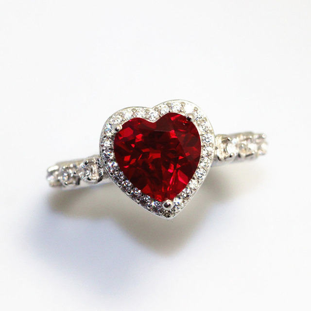 Red Ruby Heart Shape Gemstone Sterling 925 Silver Wedding Rings For Women Bridal Fine Jewelry Engagement Bague Accessories