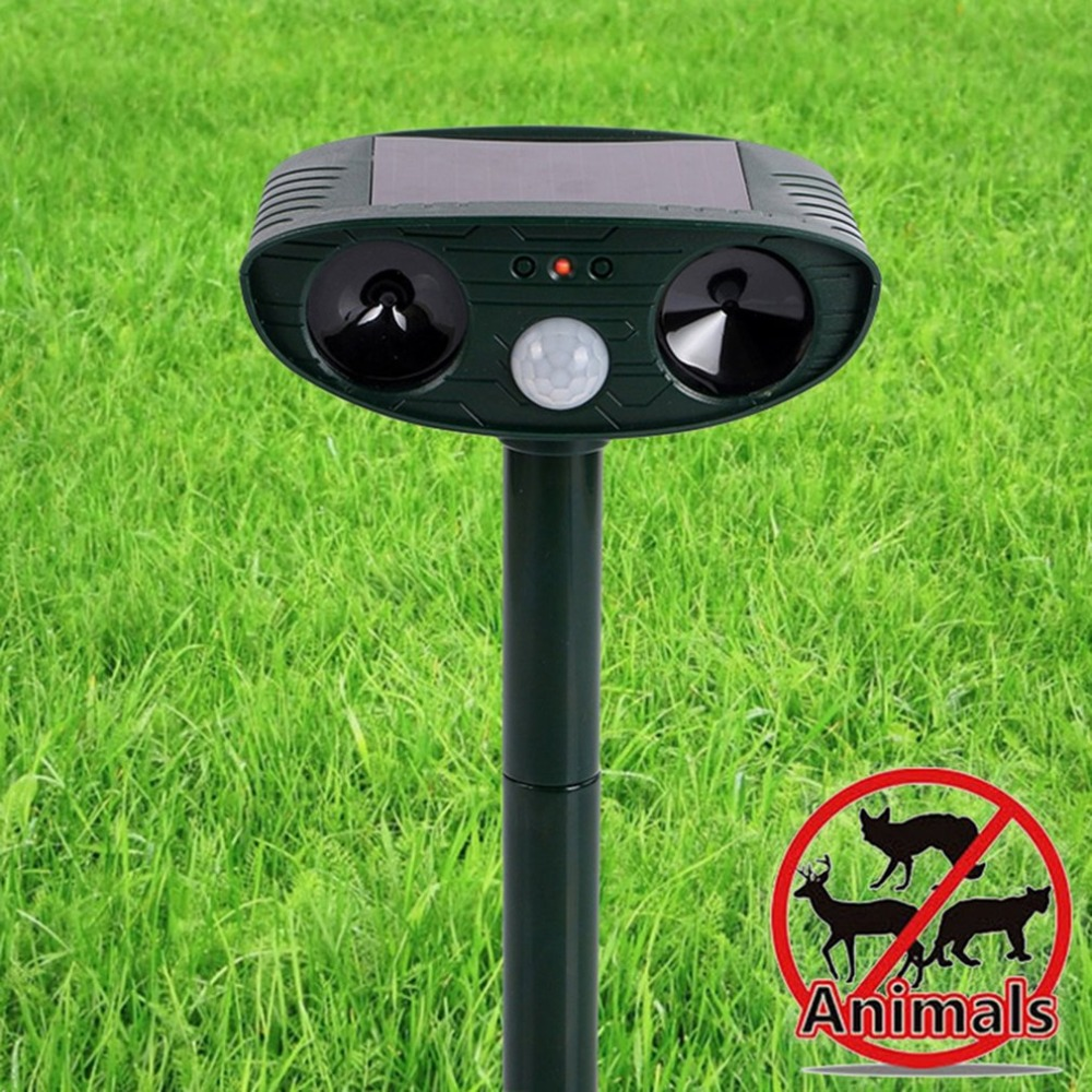 Solar Ultrasonic Dog Fox Repeller Garden Yard Animal Repellent Chaser Eco-friendly Waterproof Big Animal Rejector Pest Control