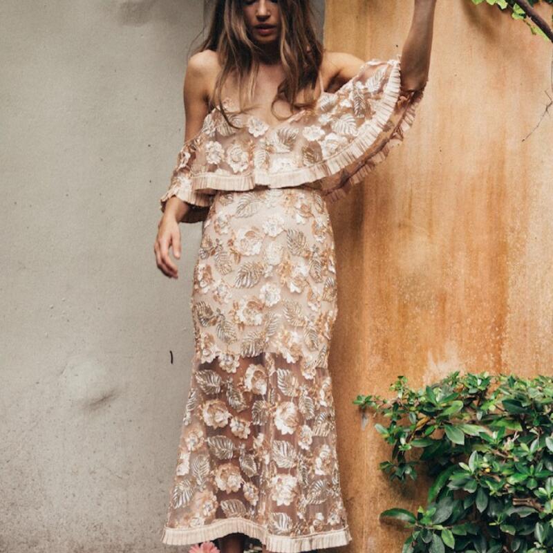 Femmes Dentelle Maxi Robe Encolure Ruches Sexy Robes Longues Floral Broderie Sans Manches D'été Pour Les Dames Partie De Mariage