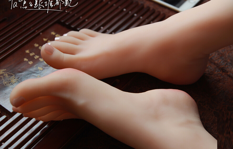 New Sex Toy,Feet Fetish Toys for Man,Young Girl Lifelike Female Feet, Sex Product ,Feet Model for Sock Show new top quality foot fetish toys solid silicone feet model sex toy adult toys for man lifelike skin ballet girl fake feet