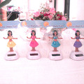 Free Shipping 10 Pieces Per Lot  Swing Under Full Light  No Battery Retail Package Novelty  Happy Dancing Solar  Hula Girls Toys
