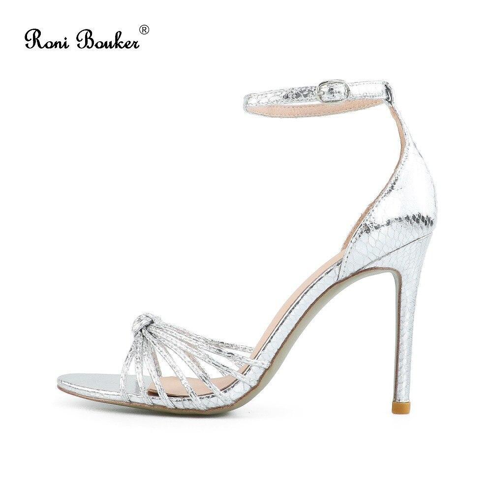 77f1937cad2c1a Hauts Sandales Mode Femelle Femme Mariage D'été Peep Sangle Boucle Stilettos  Talon De Talons Dames Partie Silver Chaussures ...