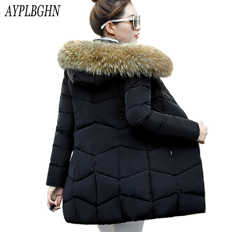 2017 new winter jacket coat warm Long women parka Artificial false raccoon fur collar women Winter coat slim Female jacket 6L66 2017 winter new clothes to overcome the coat of women in the long reed rabbit hair fur fur coat fox raccoon fur collar