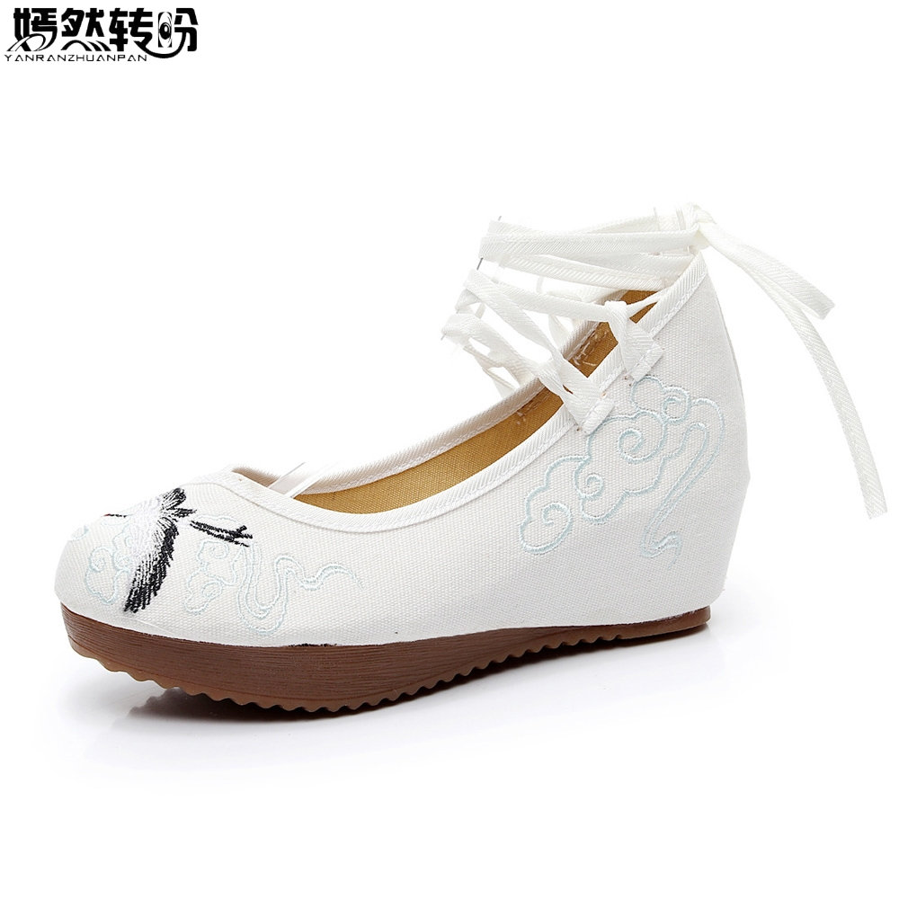 Vintage Women Pumps Canvas Shoes Chinese Crane Embroidery Pumps Slope 5cm Heel Wedges Retro Lace Up Cloth Soft Shoes a three dimensional embroidery of flowers trees and fruits chinese embroidery handmade art design book