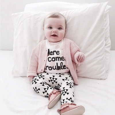 2017 baby girl clothes cotton letter T-shirt + pants 2/pcs baby clothing  newborn baby girl clothing set infant-clothing