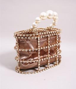 Image 3 - יוקרה יהלומי תיק נשים אופנה מעצב מצמד ערב תיק חרוז פנינים למעלה ידית תיק Busket כלוב צורת המפלגה תיק