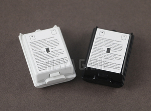 Image 2 - OCGAME 300pcs/lot Black White AA Battery Shell back Cover Holder Case Parts for xbox360 Xbox 360 Wireless Controller