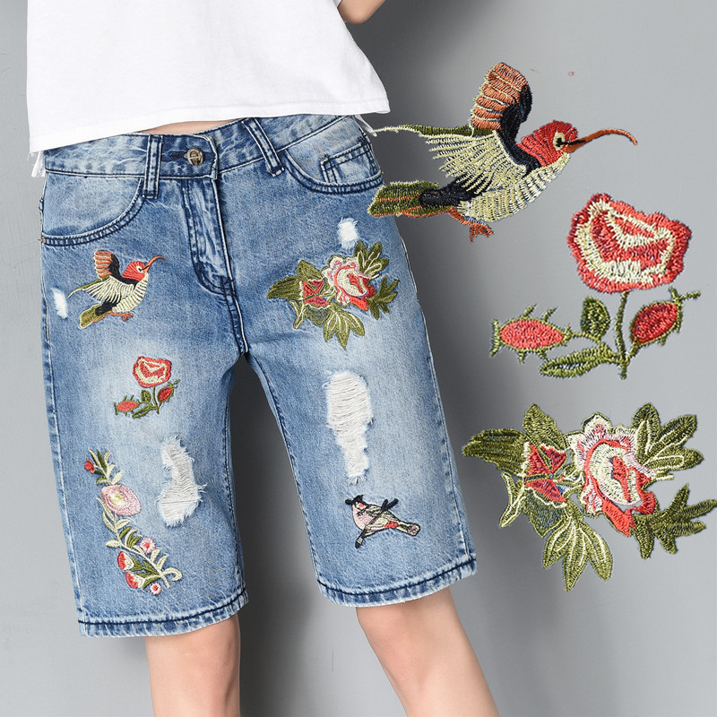 Summer Flower Embroidery Denim Jeans Woman Straight Capris Casual Shorts Women High Waist Short Pants Knee Length Trousers C3367 bear embroidery pocket shorts denim pants trousers mori girl summer