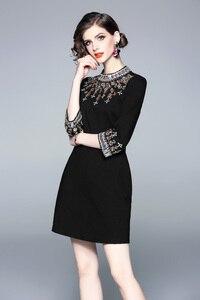 Image 5 - גברת מילאנו 2020 נשים O צוואר 3/4 שרוולי חרוזים Rhinstones אלגנטי גבוהה רחוב אופנה מסלול מעצב קצר שמלות