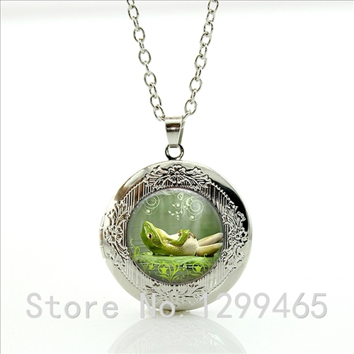 pendant park tree ocean small city frog maryland place jewelers hanging jewelery