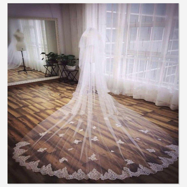 2017 Popular New Style White or Ivory 2 Layer 3 Meters  Lace Edge Cathedral Length Wedding Bridal Veil 2015020-328